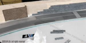 Posizionamento gabbioni e muro destro del portale della galleria